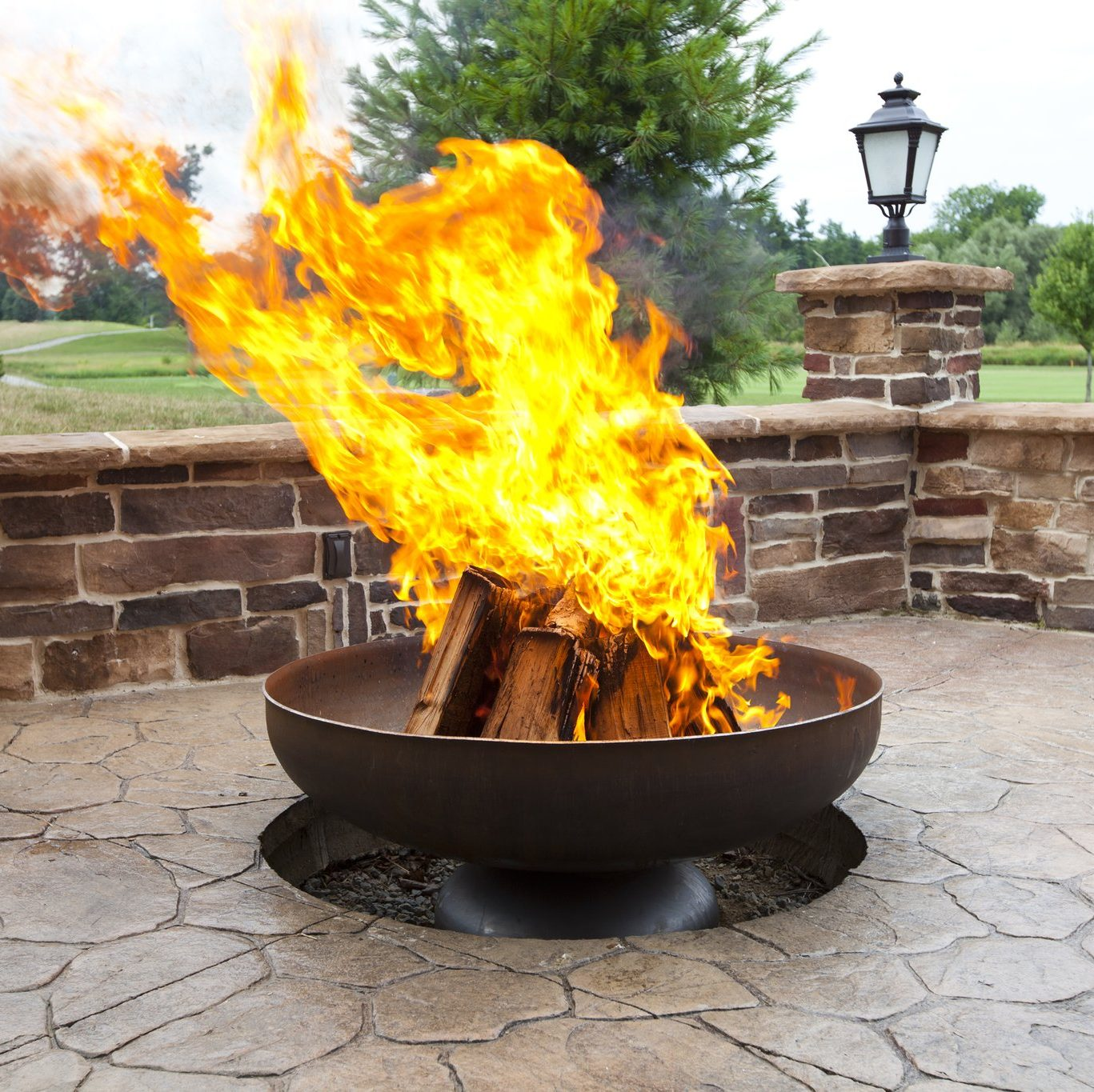 https://ohioflame.com/products/patriot-fire-pit-made-in-usa